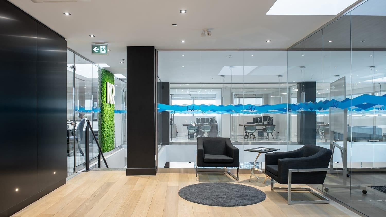 Projet Sorel | Construction salle d'attente bureau professionnel – Réalisations – Capital 6