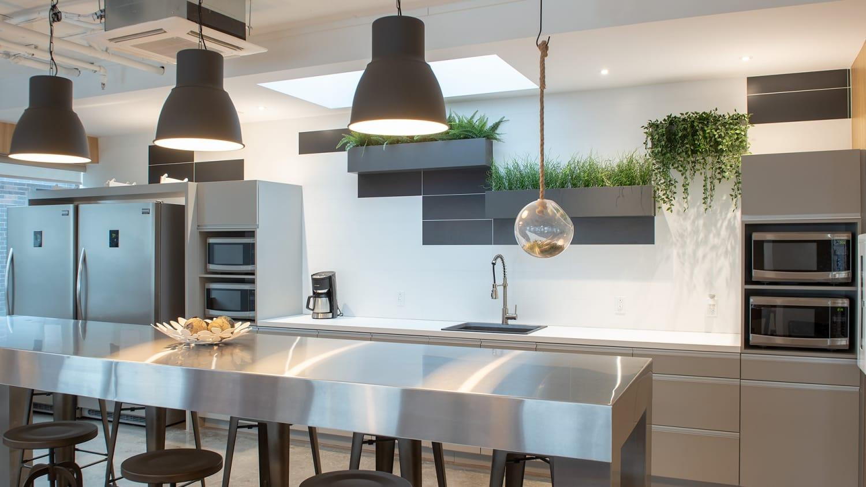 Projet Sorel | Salle à manger commune – Construction commerciale – Réalisations – Capital 6